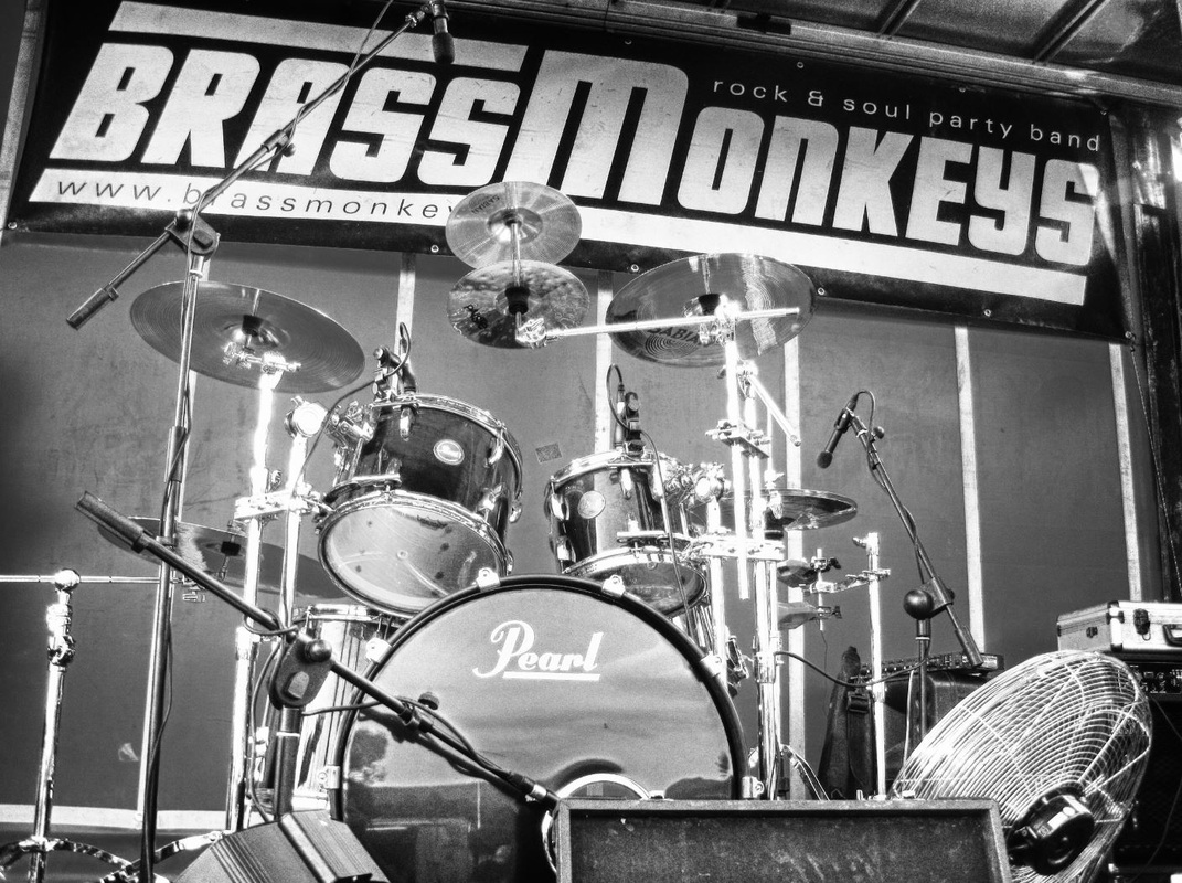 Book BrassMonkeys for your event on 07900 817560